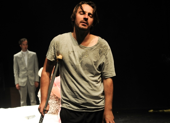 Ewen Leslie as Brick in Cat on a Hot Tin Roof, Belvoir, Sydney. Photograph: Heidrun Lohr