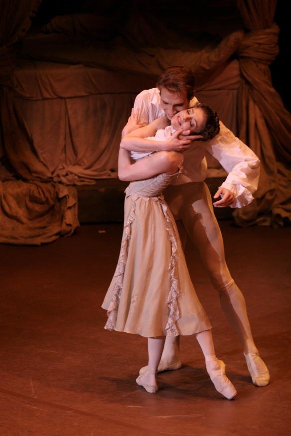 Cojocaru and Kobborg in Manon during the RB's Tokyo tour last year. Photo: Kiyonori Hasegawa