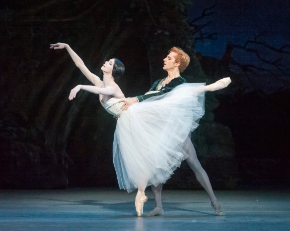Natalia Osipova and Steven McRae. Photo: Gene Schiavone