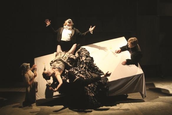 The Tiger Lillies Perform Hamlet_cr. Martin Tulinius_07