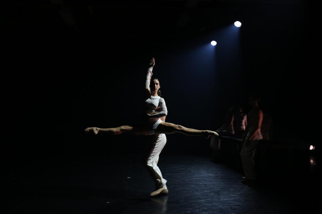 Queensland Ballet's Alex Idaszak and Georgia Swan in Jack Lister's Fonder Heart. Photo David Kelly 2016
