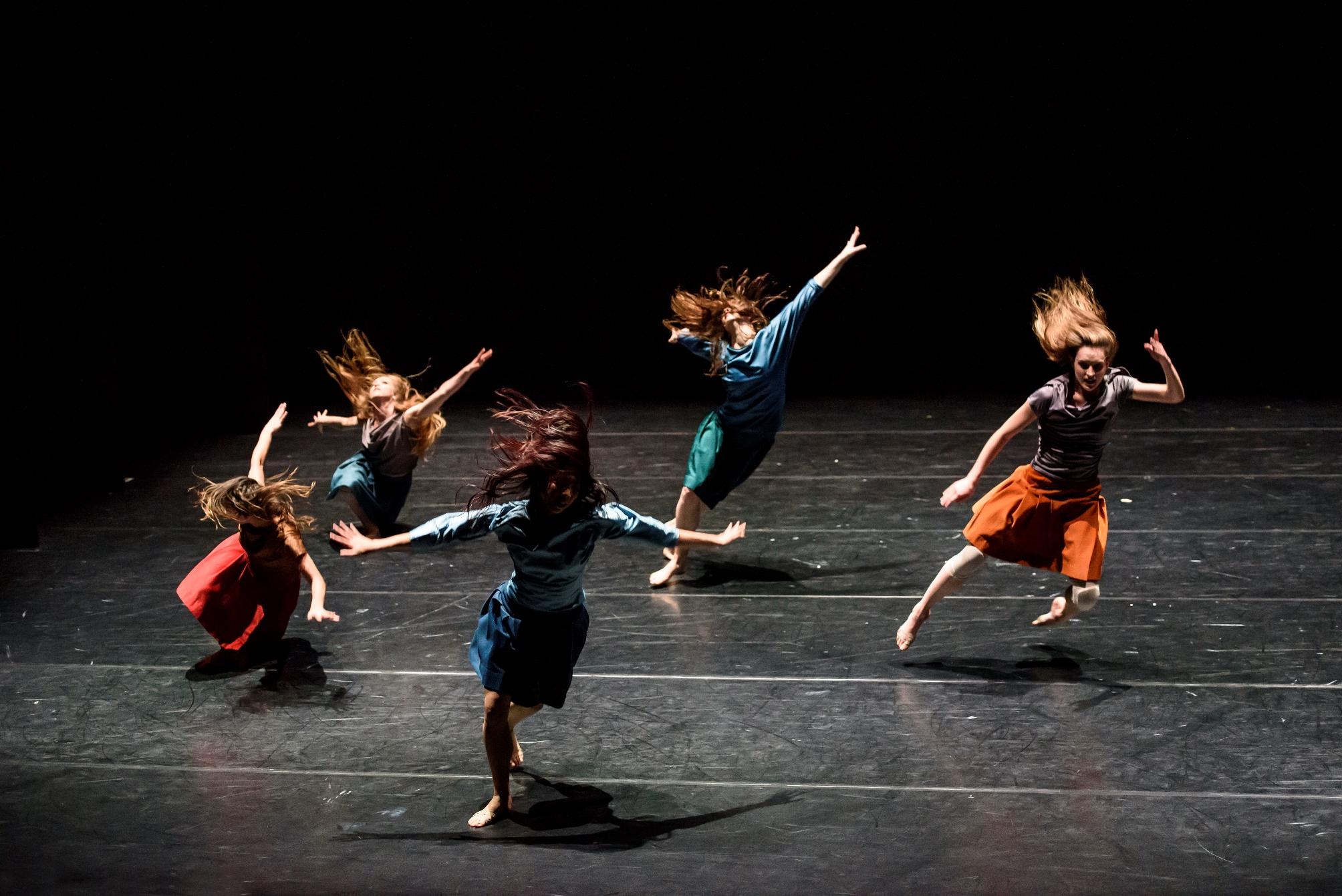 Royal New Zealand Ballet in Selon Desir. Photo: Bill Cooper