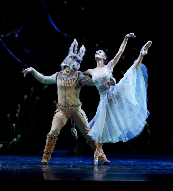 Queensland Ballets Midsummer Nights Dream. Laura Hidalgo and Rian Thompson. Photo David Kelly HR