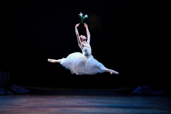 Lucy Green as Giselle. Photo: Bill Cooper
