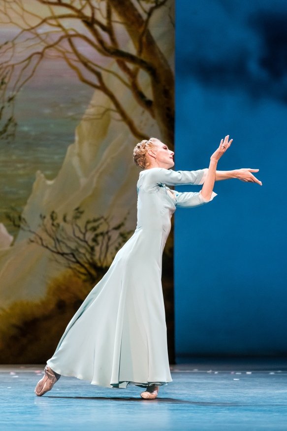QPAC_The_Royal_Ballet_The_Winter's_Tale_Zenaida Yanowski_Paulina