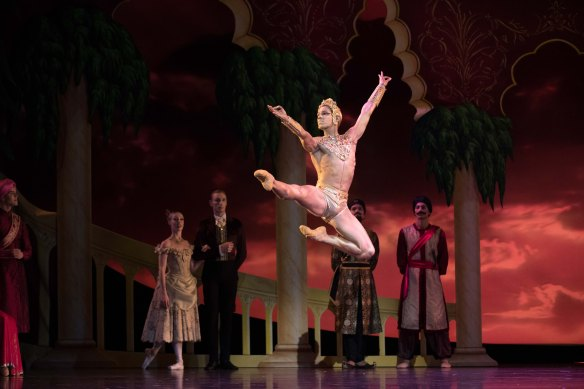 QB La Bayadere 2018. Principal Artist Camilo Ramos. Photo David Kelly