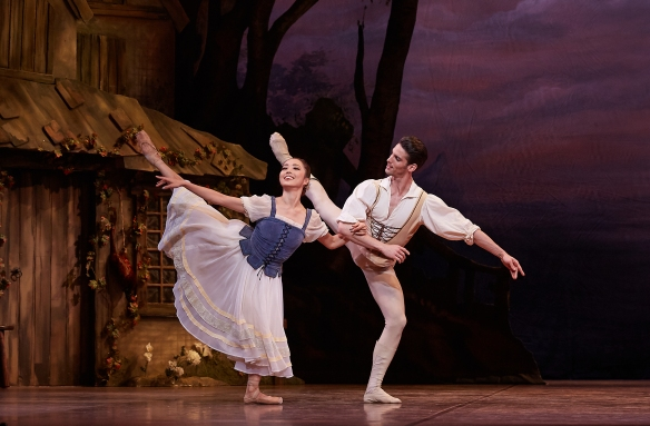 Chihiro Nomura as Giselle and Oscar Valdes as Albrecht in Giselle (2019). Photo by Sergey Pevnev